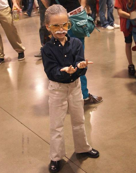 Little Girl Cosplay as Stan Lee