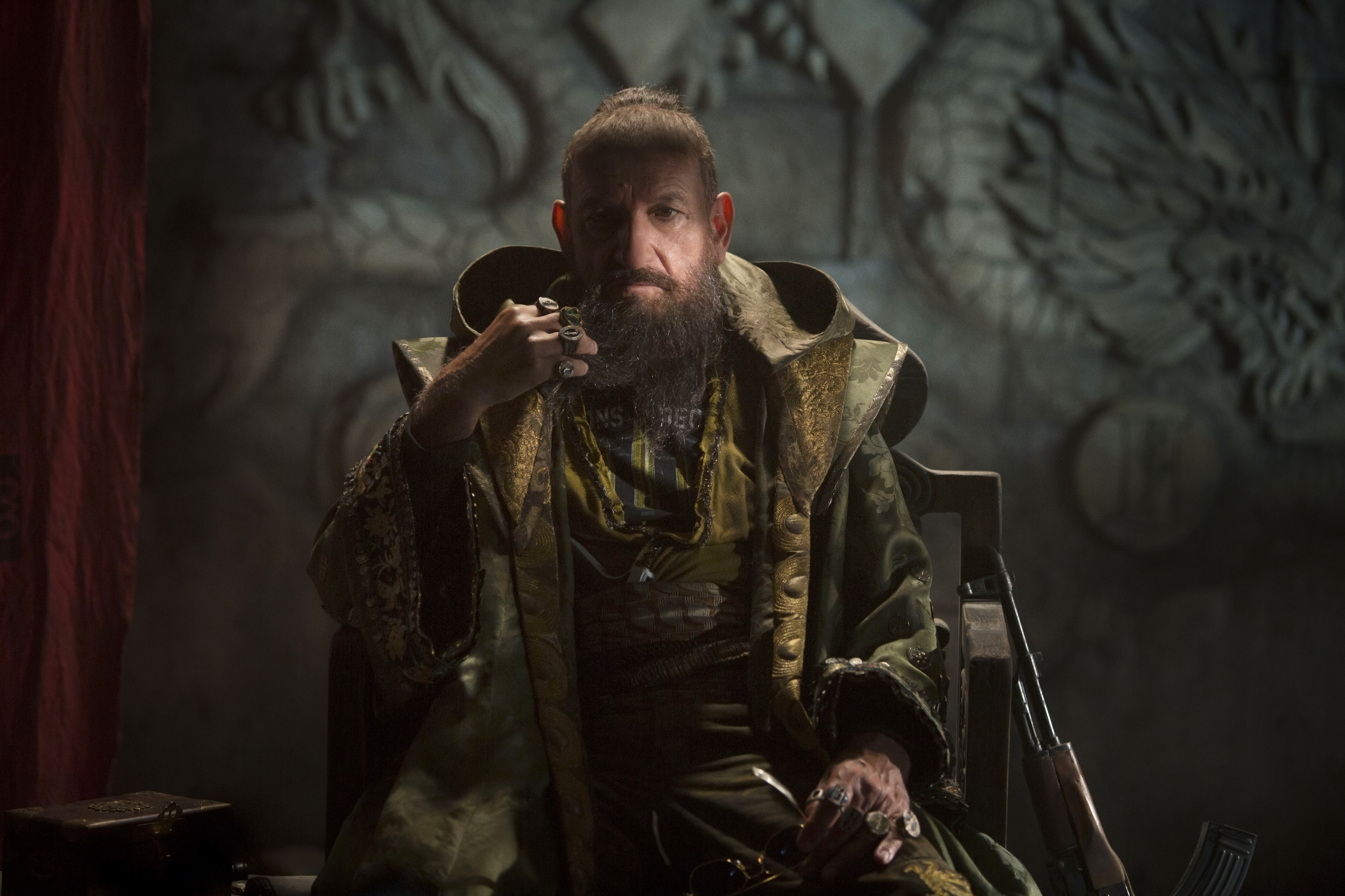 Iron Man 3 Promotional Picture: This image of the Mandarin did not reassure me.