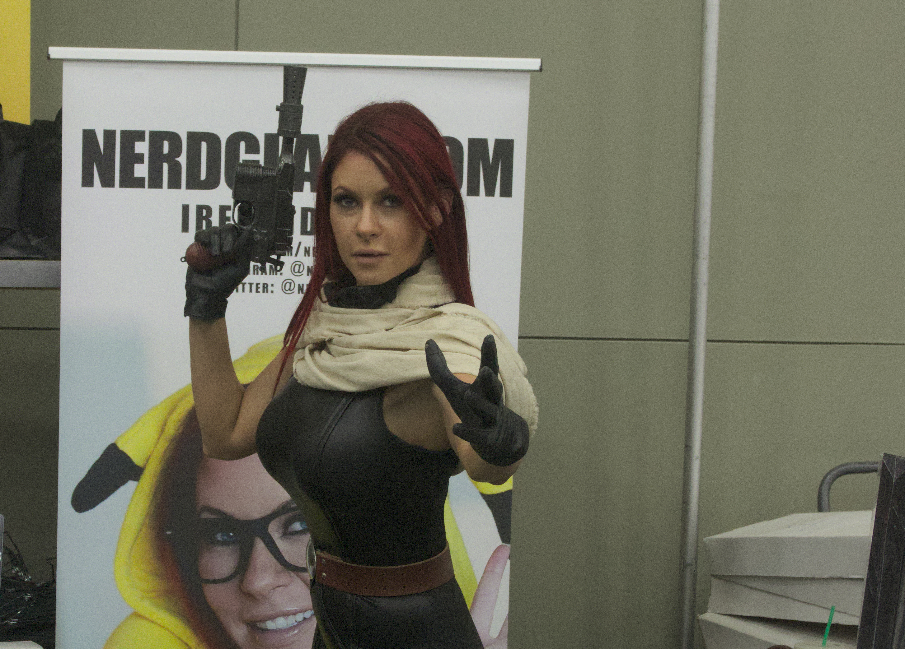 Baltimore-Comic-Con-Day-1-2015-09-25-048-featured-image