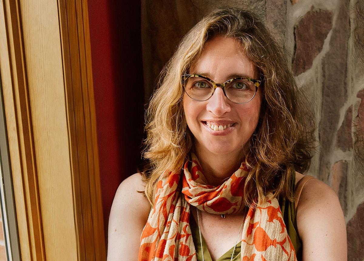 Jennifer-Hayden-photo-1200px by Jen Davis