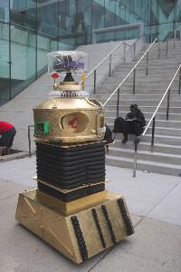 I am the shover robot!